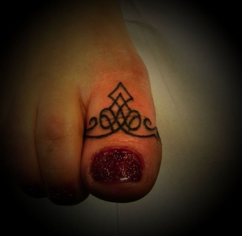 Foot Thumb Tattoo Trend
