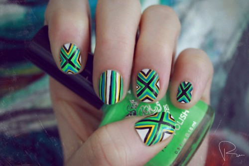 Poncho Pattern Nails